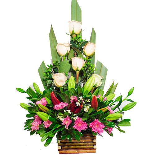 Arreglo De Rosas Maules Liliums 2 Flores Y Chocolates